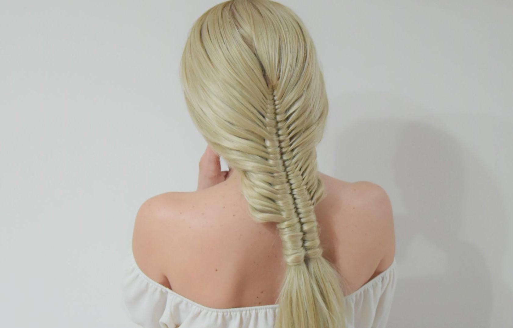 Easy Ponytail Infinity braid
